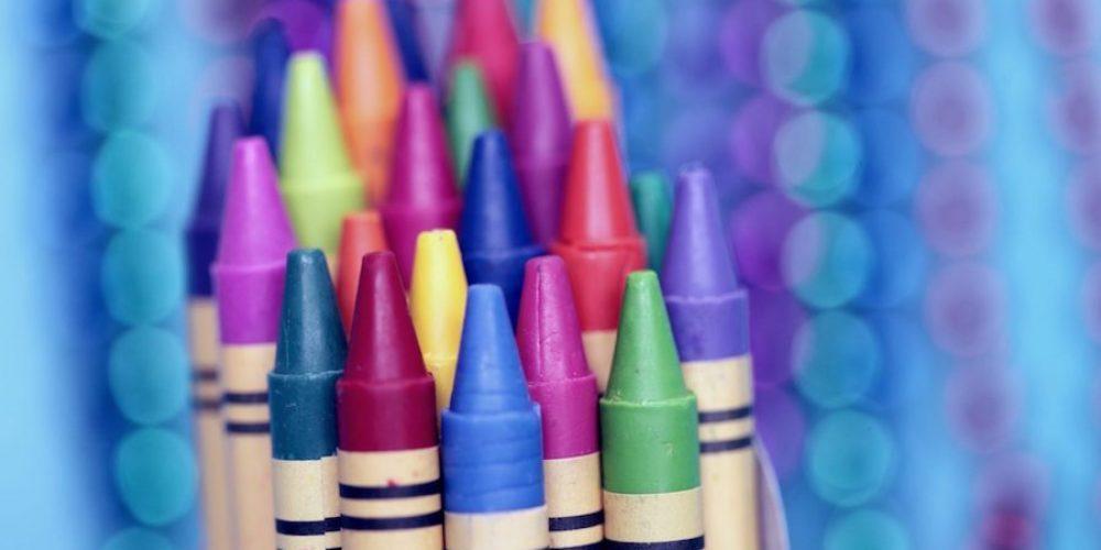 Nuevo León impide inscripción escolar a hijos de familias homoparentales