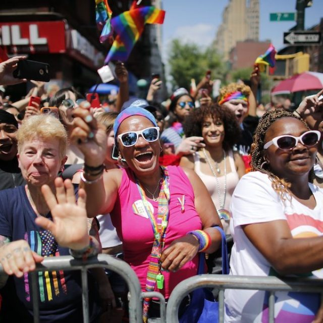A 50 años de Stonewall, la polémica entre el activismo LGBT y el 'pink washing'